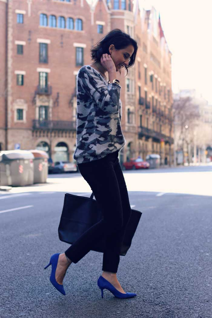 camouflage-sweater-street-style