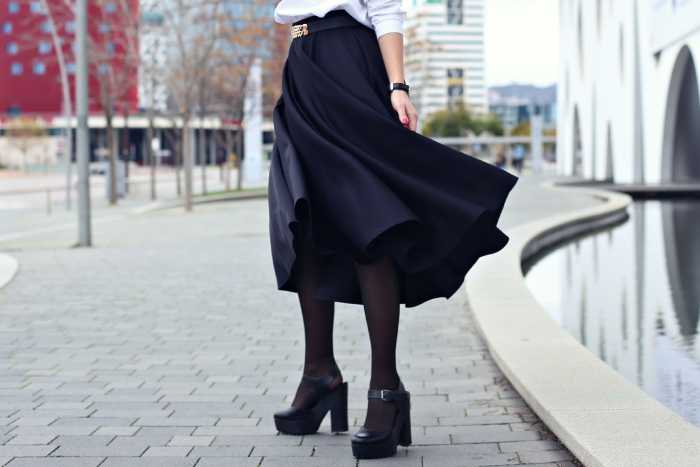 neoprene-black-skirt