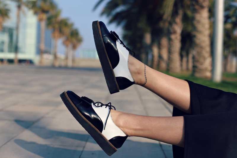 style-in-lima-asos-zapatos-oxford-blanco-y-negro