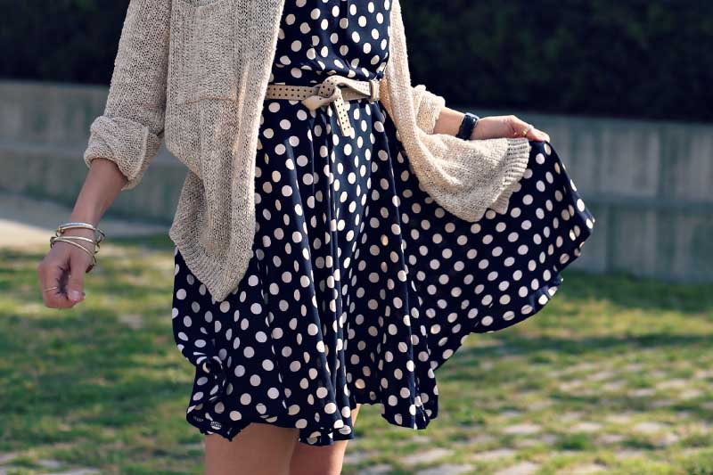 style-in-lima-blue-polka-dotted-dress
