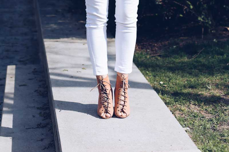 style-in-lima-catu-shoes-lace-up-peep-toes-nude