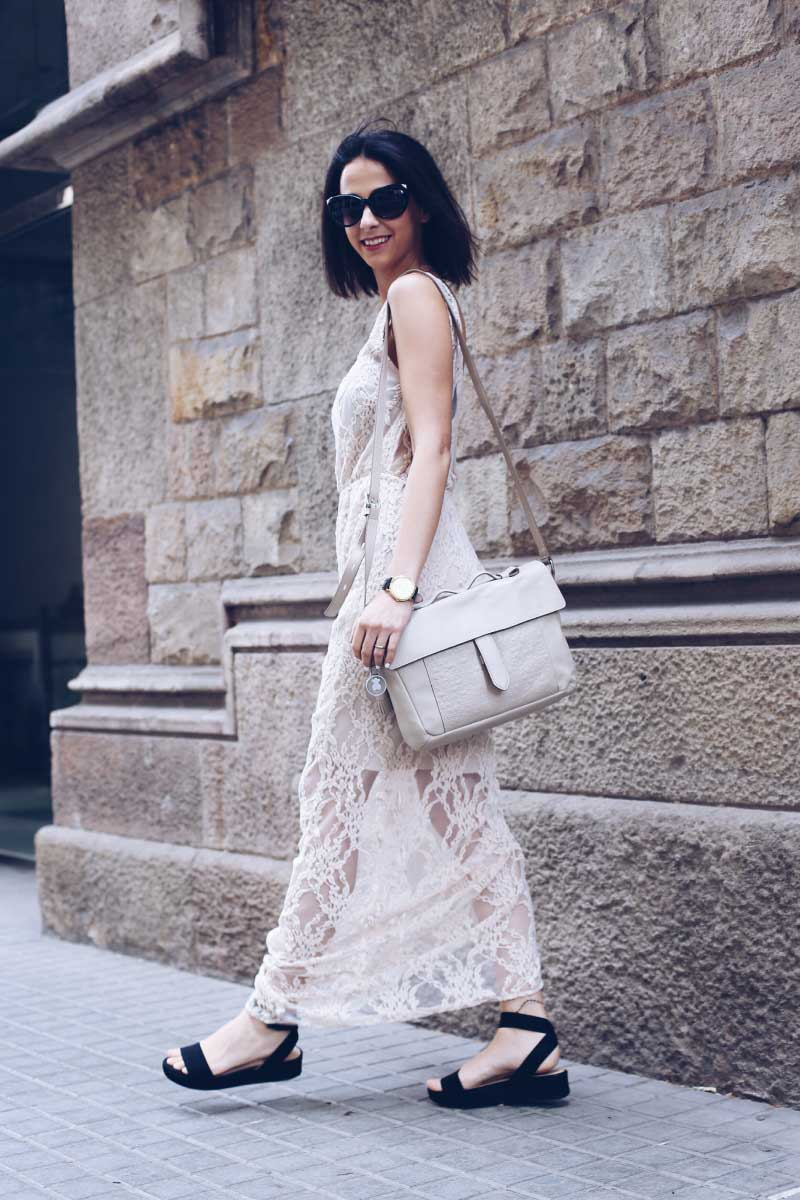 style-in-lima-blog-street-style-lace-nude-maxi-dress-twist-tango-summer-2014-collection-tous-bag-barcelona