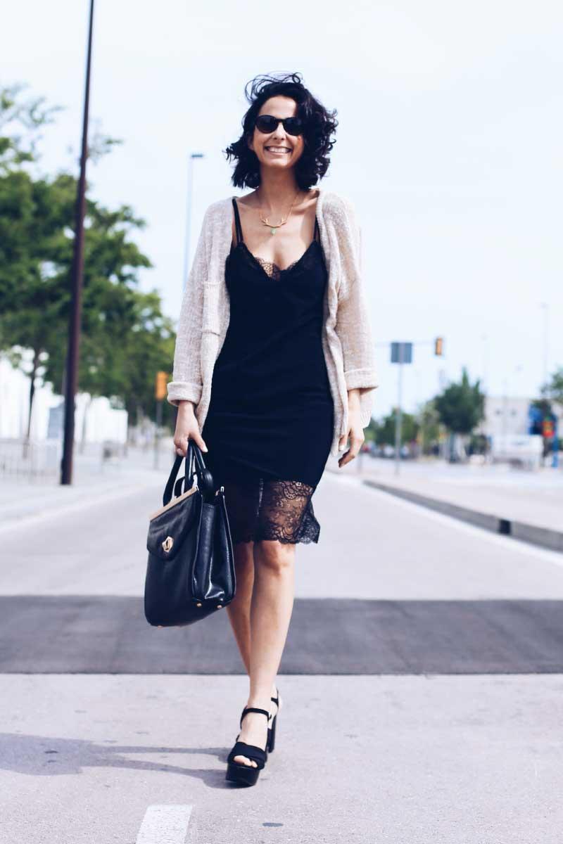 tendencia-look-vestido-lencero-negro-woman-secret-encaje-verano-styleinlima