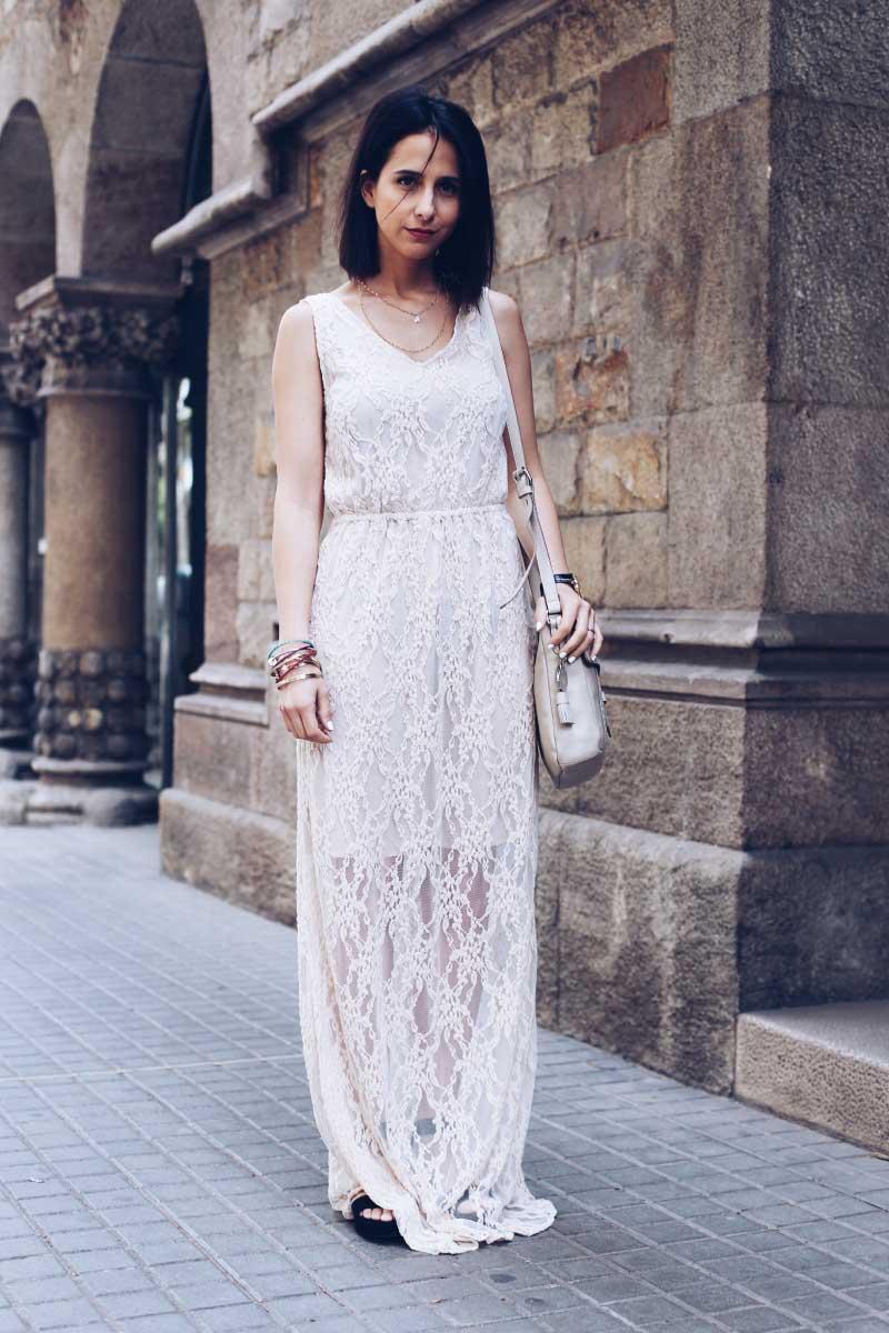 vestido-largo-encaje-color-hueso-nude-crudo-bolso-tous-flatforms-STYLE-IN-LIMA