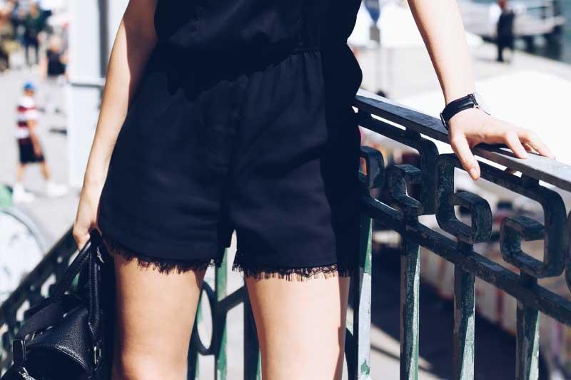 5 fashionpills_mono_encaje_negro