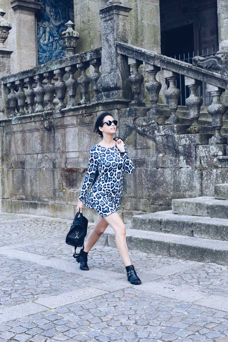 7 Oporto-StyleInLima-Blog-Street-Style-Asos-Leopard-Smock-Dress