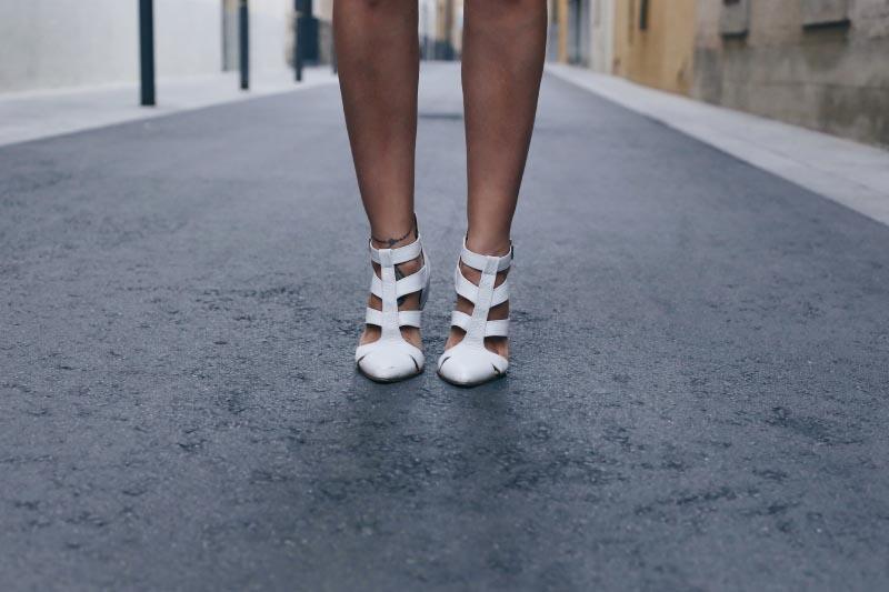 sandalias-blancas-emma-go