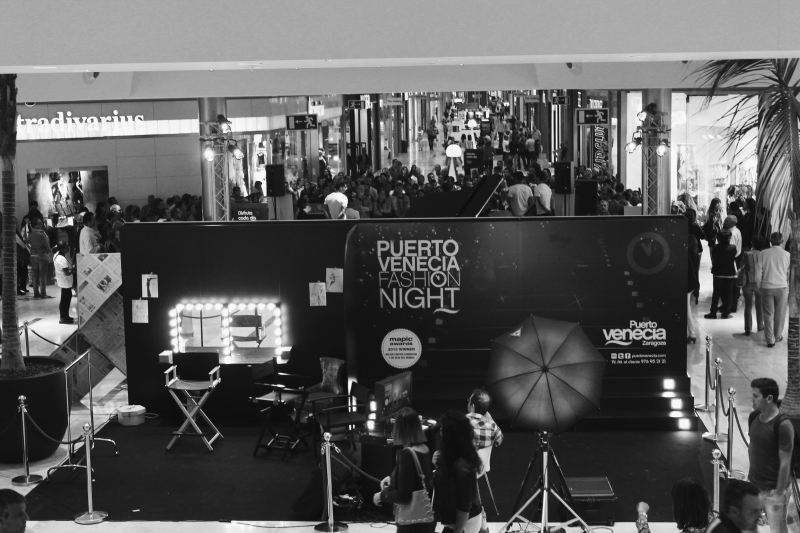 Puerto-Venecia-Fashion-Night-centro-comercial