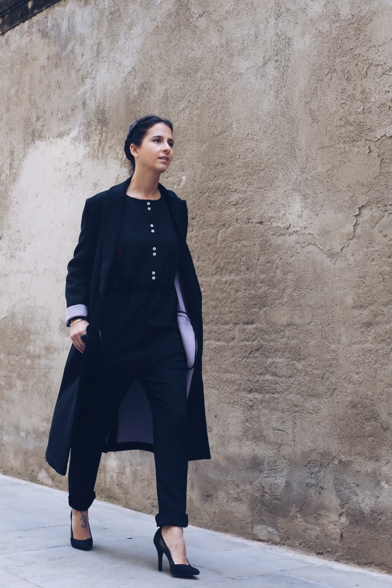 abrigo-largo-mono-negro