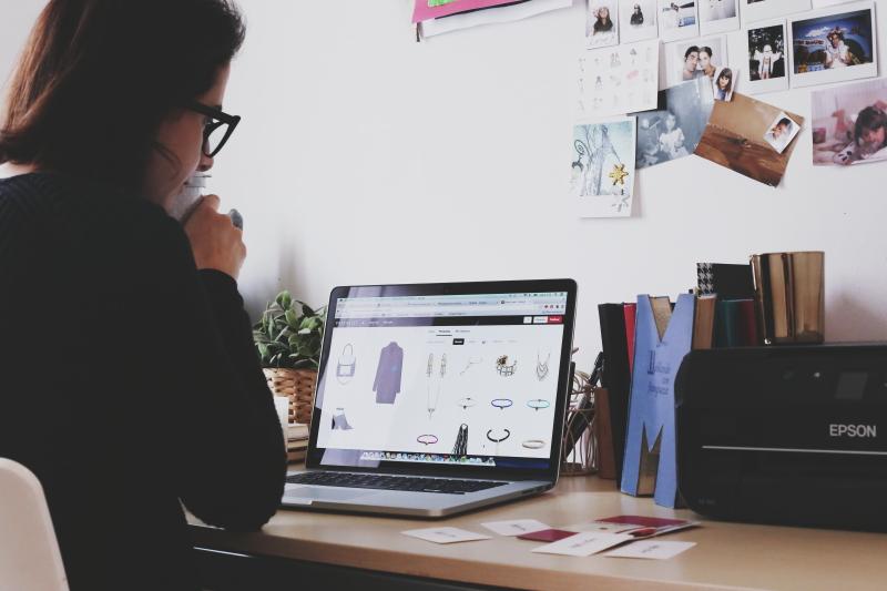 pretalist-crea-collage-prenda-herramienta-social