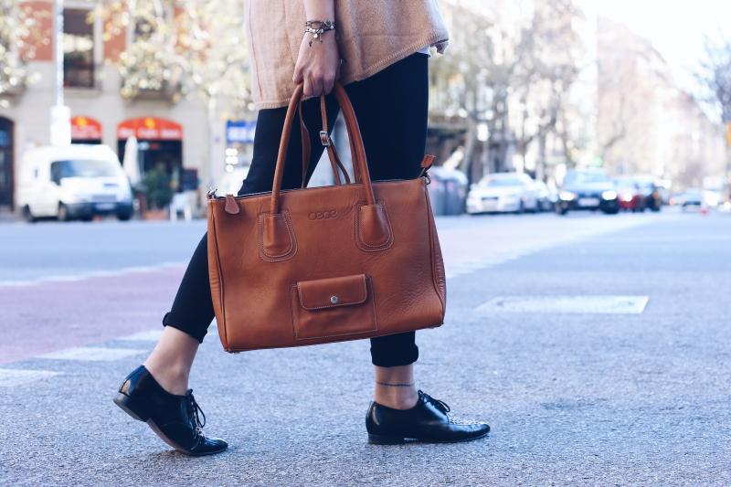 oeoe-handbags