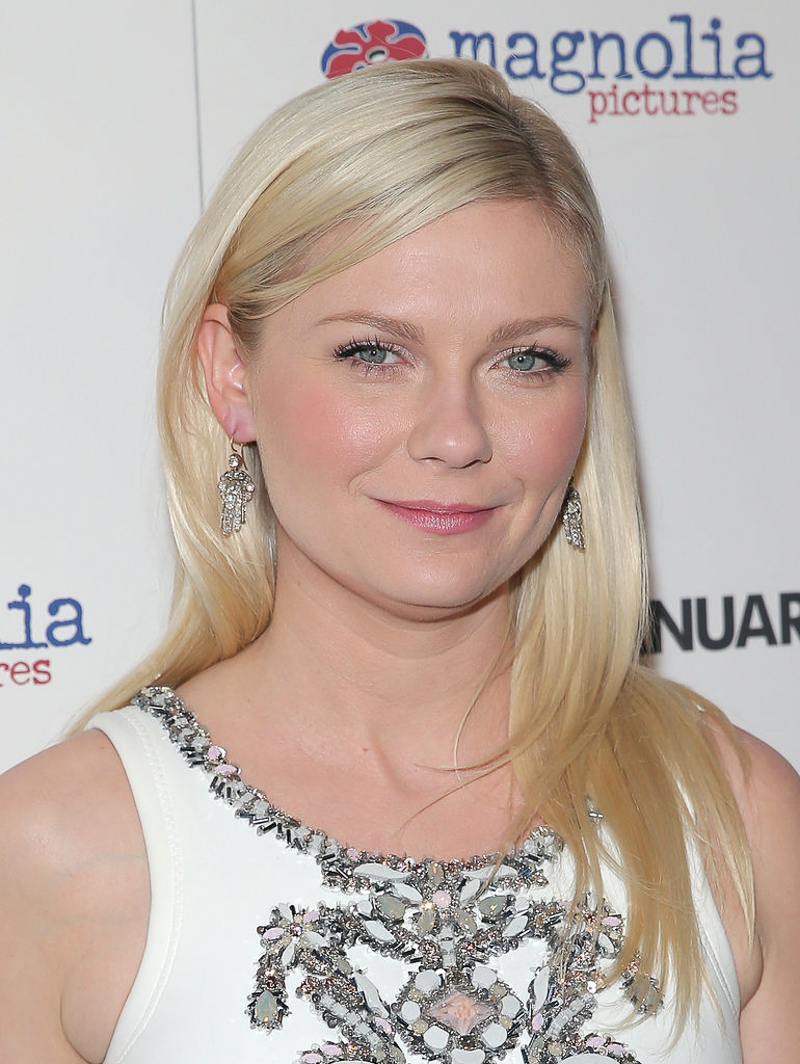 hairstyle-Kirsten-Dunst-long