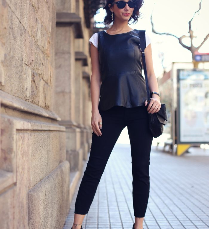 zipper peplum top