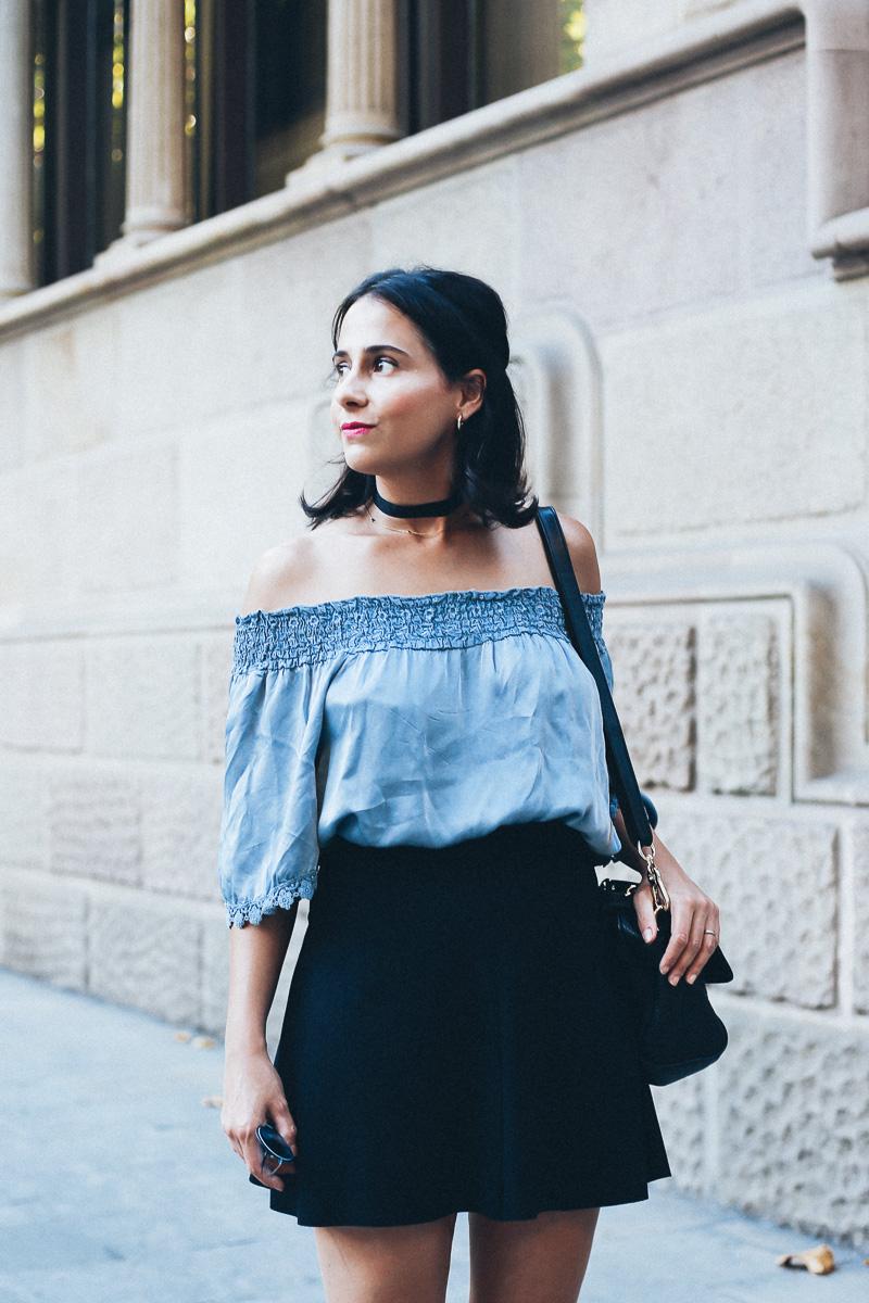look-top-volantes-hombros-descubiertos-azul-verano-fashion-blogger-IMG_5698