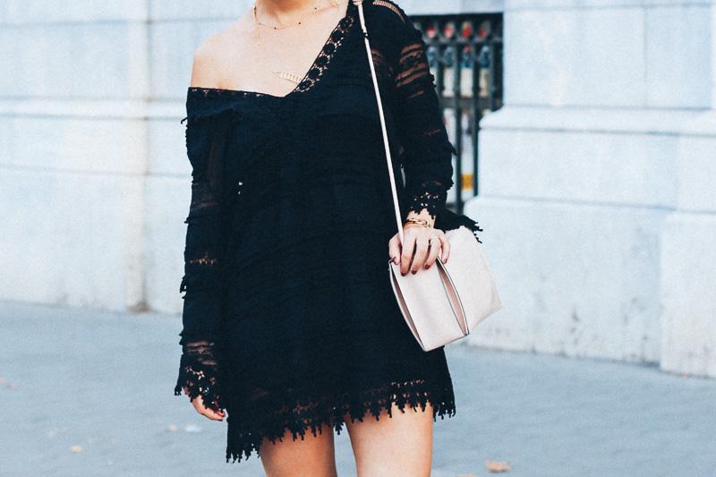 looks vestido negro encaje verano