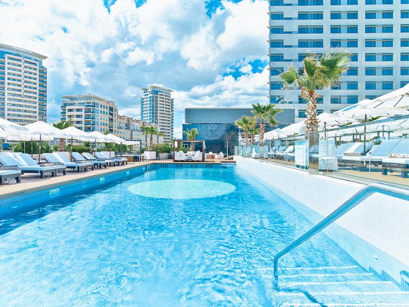 purobeach-hotel-hilton-barcelona-styleinlima-Puro Beach Barcelona - Pool