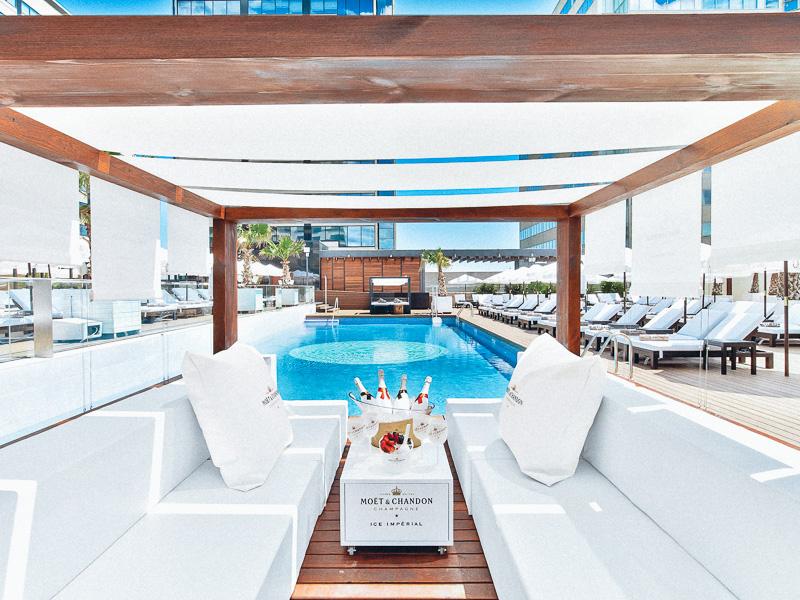 purobeach-hotel-hilton-barcelona-styleinlima-Puro Beach Barcelona