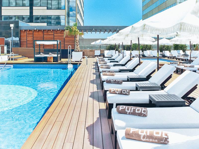 purobeach-hotel-hilton-barcelona-styleinlima-Puro Beach