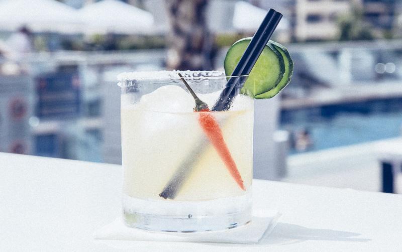 purobeach-hotel-hilton-barcelona-styleinlima-Purobeach Barcelona - Cocktail