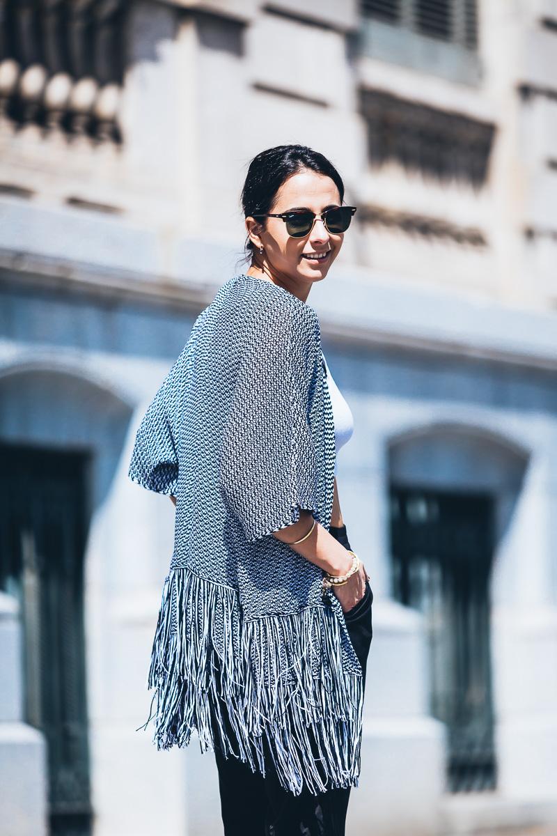 look-kimono-flecos-styleinlima-street-style-fashion-blogger-barcelona-GCM_6431