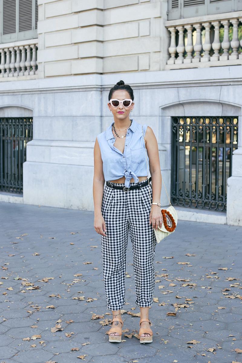 streetstyle-look-pantalon-cuadros-paperback-pinzas-asos-styleinlima-mila-plaza-img_6665