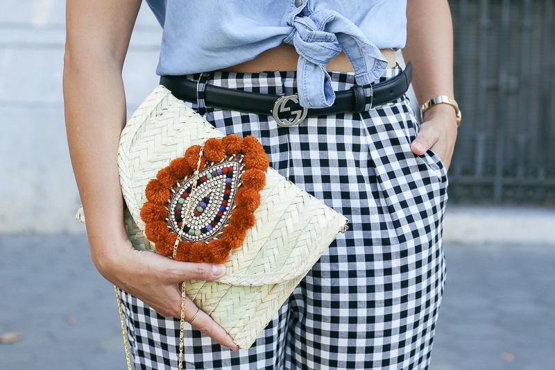 streetstyle-look-pantalon-cuadros-paperback-pinzas-asos-styleinlima-mila-plaza-img_6764
