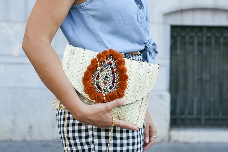 streetstyle-look-pantalon-cuadros-paperback-pinzas-asos-styleinlima-mila-plaza-img_6768