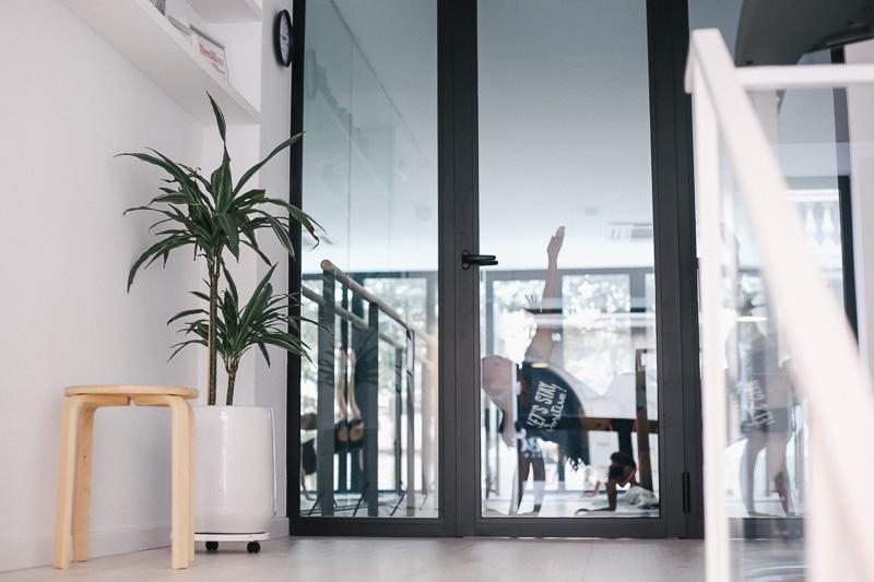 centro-belleza-bienestar-gimnasio-femenino-barcelona-amira-training-club-styleinlima-img_2911