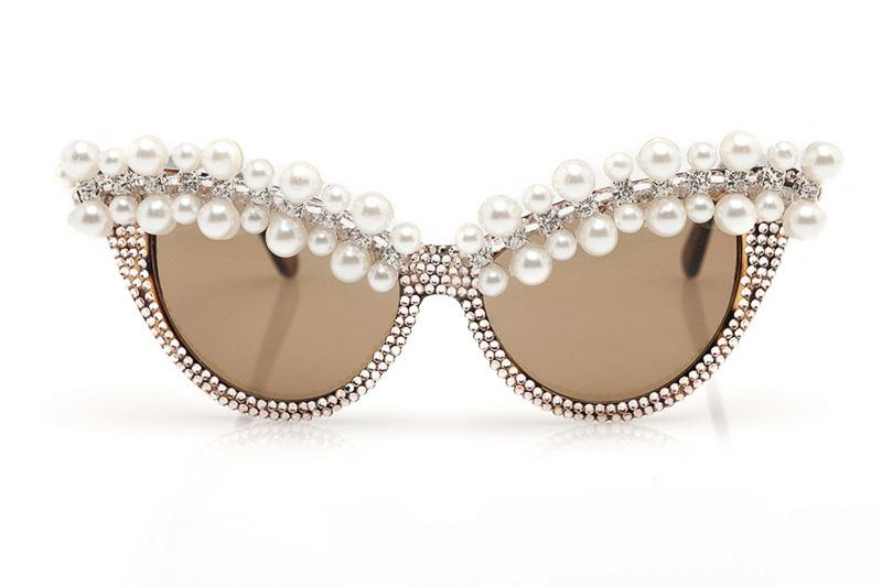 look-que-ponerse-para-una-boda-civil-styleinlima-a-morir-gafas-sol