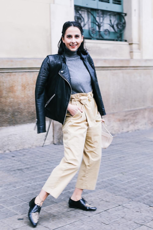 look-pantalon-beige-cintura-alta-IMG_9346