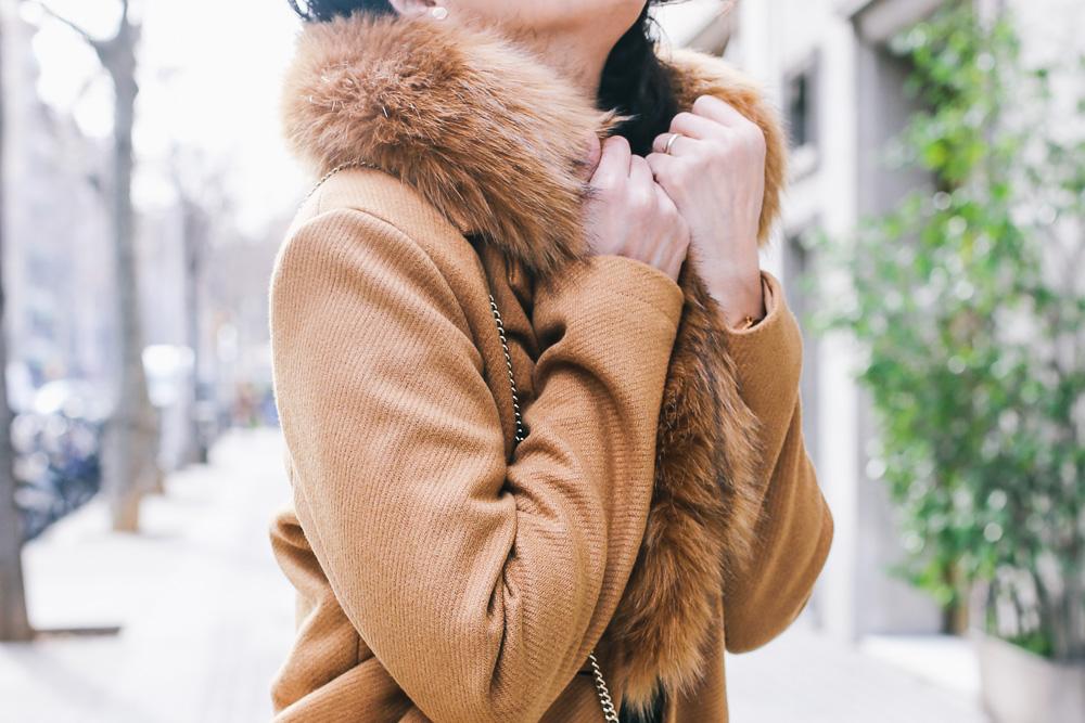 lookiero-look-abrigo-pelo-street-style-fashion-blogger-barcelona-IMG_0437