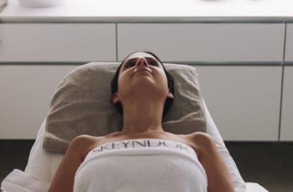 skeyndor tratamiento en cabina de mesoterapia