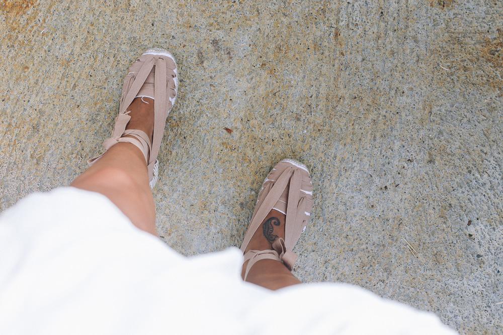 vestido-blanco-espardeñas-verano-twisttango-begur-IMG_0308