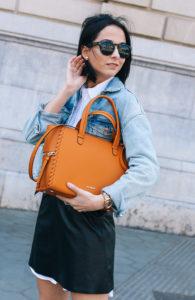 falda-piel-reciclada-ecologica-cinturon-camisa-blanca-barcelona-street-style-IMG_5159