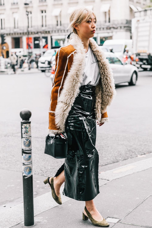 street-style-charol-patent-street_style_paris_fashion_week_dia3_balmain_chloe_isabel_maran_685694689_1200x1800