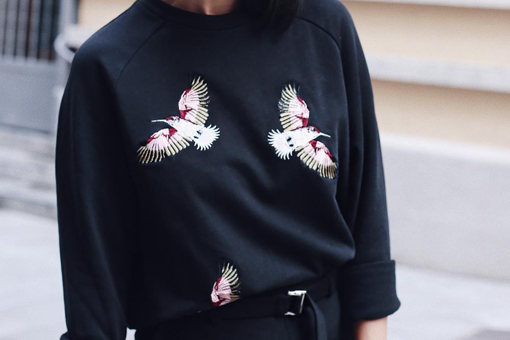 look suéter bordado
